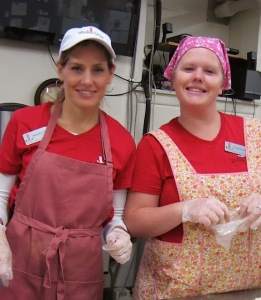 Junior League of Syracuse members lend a hand at lunch service at the Rescue Mission, May 2013